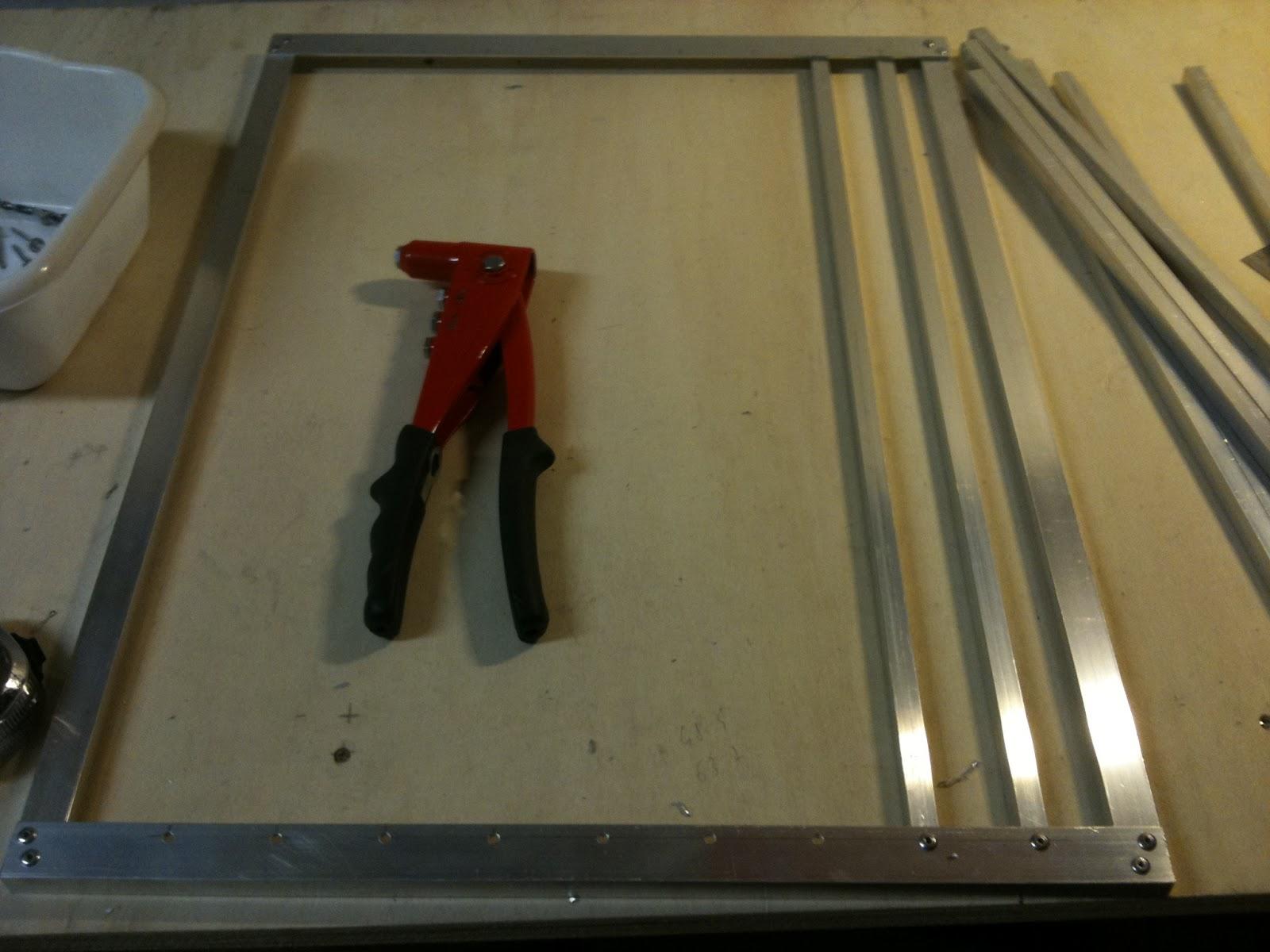 Come costruire un trasportino per cani www for Un telaio interno