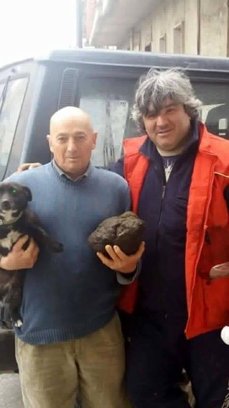 Trovato tartufo record sui Monti del Partenio 3 kg - E' una pietra fungaia (Foto)