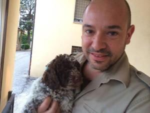 cucciolo-di-lagotto-romagnolo-da-tartufi-e-tartufaio-cinzia-bibiani